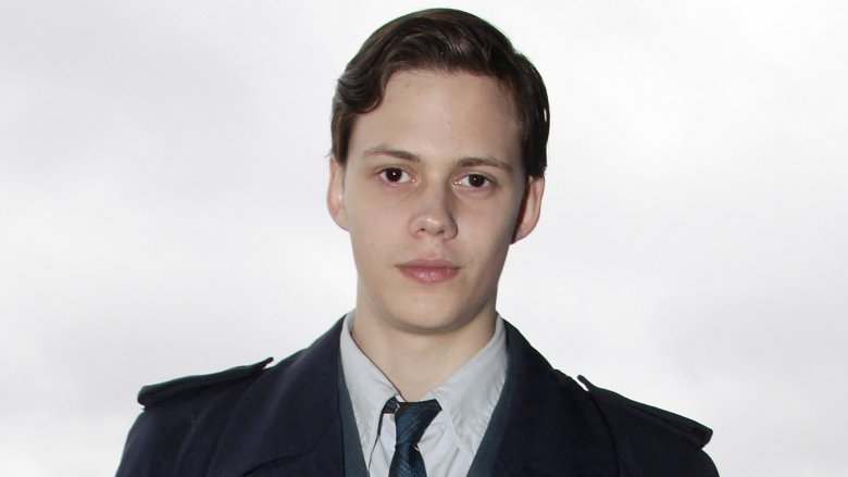 The actor who plays Pennywise is gorgeous in real
