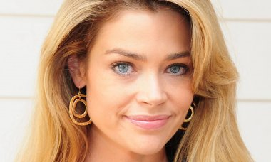 why-denise-richards-is-never-seen-or-heard-from-anymore