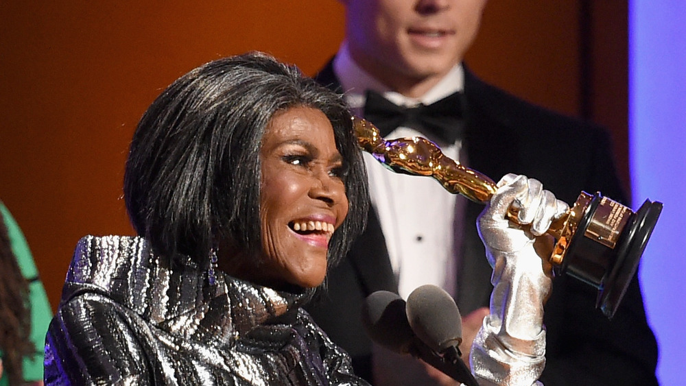 Cicely Tyson smiles as she accepted her honorary Oscar in 2019
