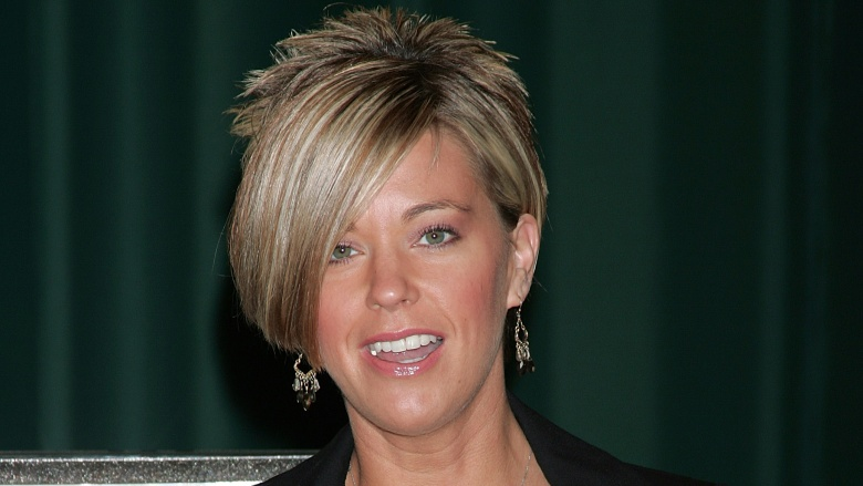 kate gosselin haircut kate gosselin s dramatic transformation 1300 | the haircut and that mommy makeover