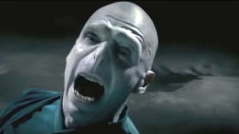 The actor who plays Voldemort is gorgeous in real life - photo#11