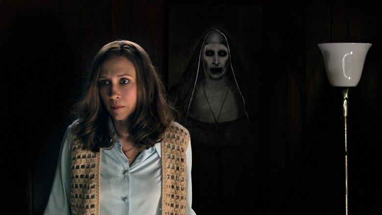 Vera Farmiga and Bonnie Aarons in The Conjuring 2