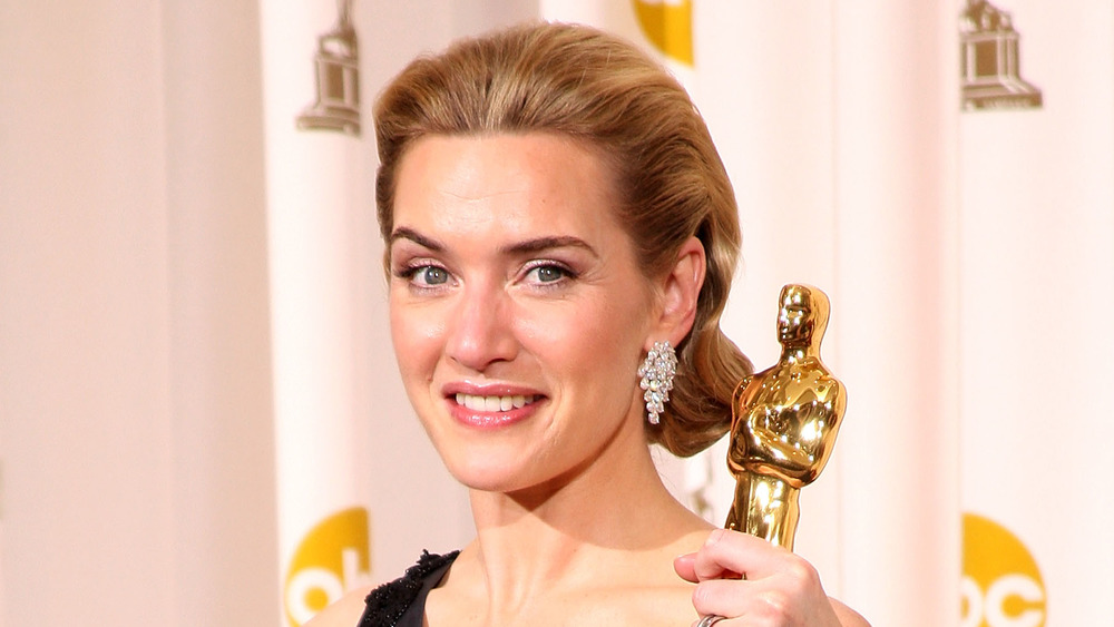 The real reason Kate Winslet keeps her Oscar in her bathroom