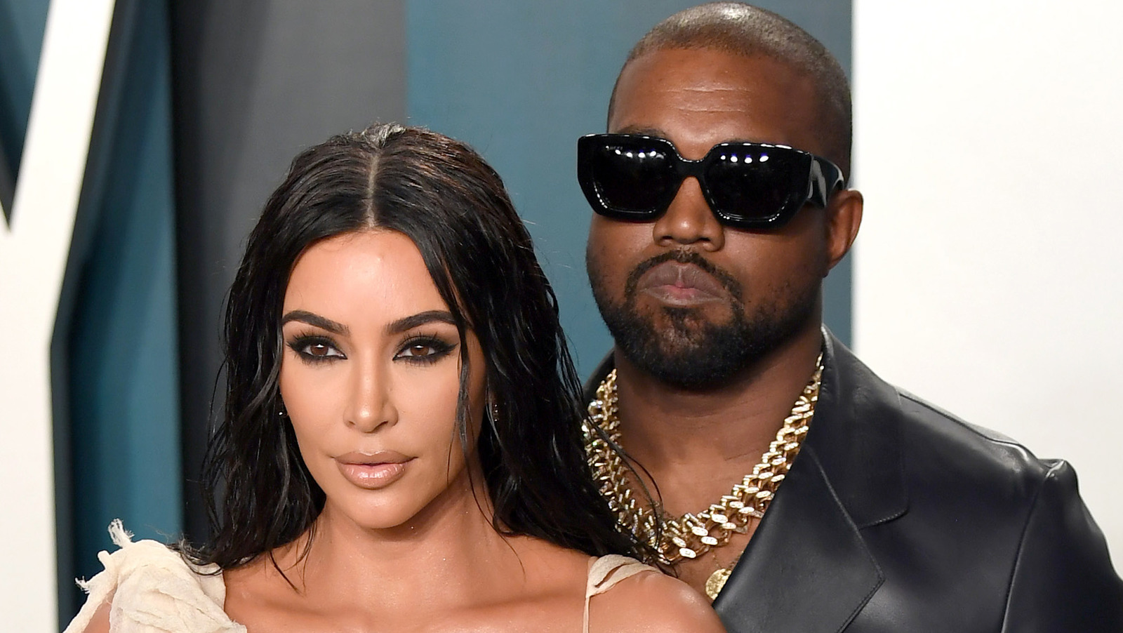 This Is How The Kardashians Really Feel About Kim And Kanye.jpg