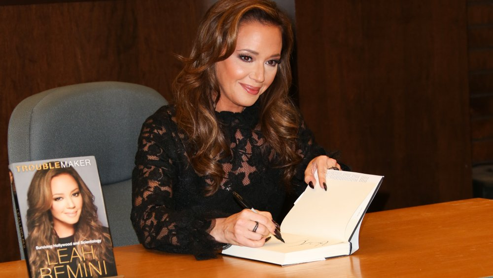 Leah Remini at Barnes & Noble at the Grove in 2015