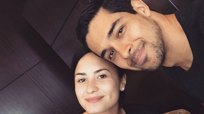 A makeup-free Demi Lovato and Wilmer Valderrama in an Instagram selfie