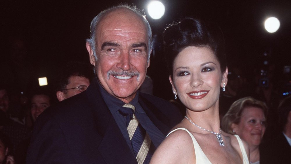 Sean Connery and Catherine Zeta-Jones at the premiere of Entrapment