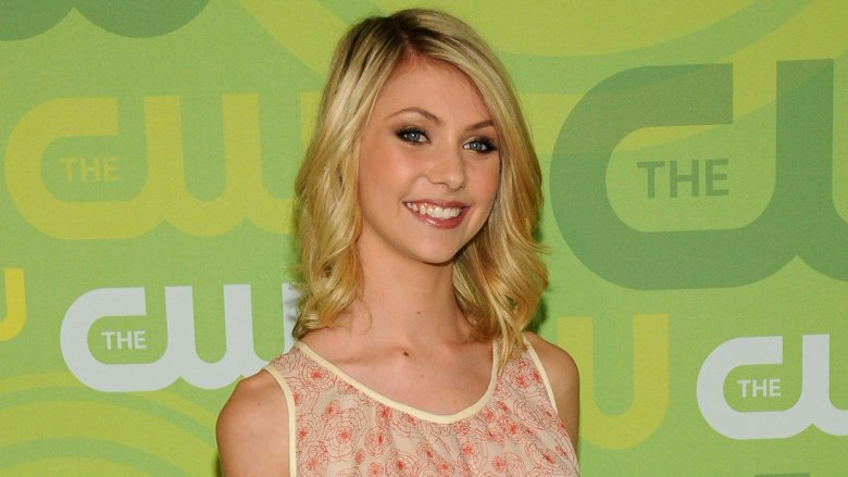 Cindy Lou From The Grinch Is Now 25 And Gorgeous